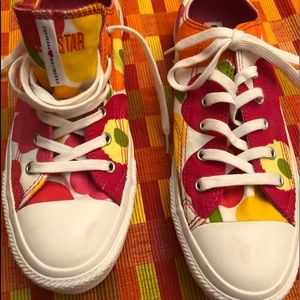 Converse marimekko sneakers sz 7